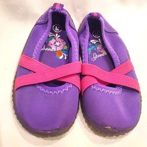 2/$10 Speedo water shoes